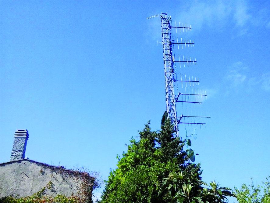 Paura per l'antenna di Radio Maria